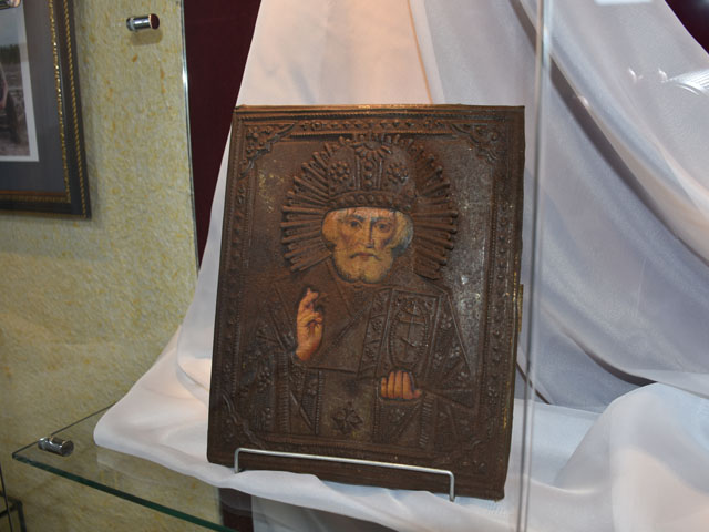 Передвижная выставка «Православие коренного населения Обского Севера»